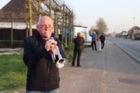 Casper speelt Limburgs volkslied