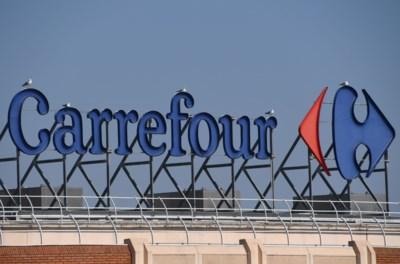 """Hasseltse Carrefourmedewerker test positief op corona: """"Erg ongerust"""""""