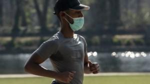 """Sportarts waarschuwt: """"Koorts of andere symptomen? Ga dan zeker niet sporten"""""""