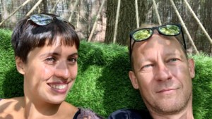 OPROEP. Al weken gescheiden door corona: onze reporter mist zijn lief in Maastricht