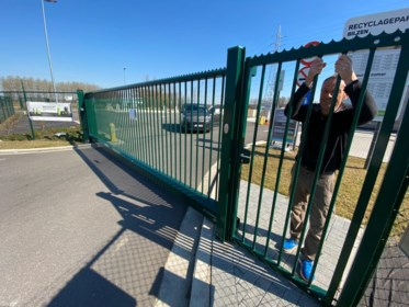 Bilzenaar zit drie uur opgesloten in verlaten containerpark