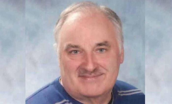 Leon Bleus (58), de meester die elke dag de schoolpoort opendeed, overleden