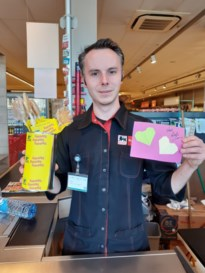 Buurtvereniging dankt plaatselijke handelaren met symbolische hand