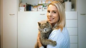 """Turnster Dorien Motten is ook dierenarts: """"Ik moet vooral ongeruste baasjes geruststellen"""""""