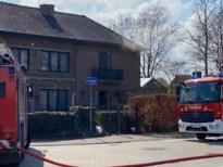 Rookschade in Tongers huis door brand aan houtstapel