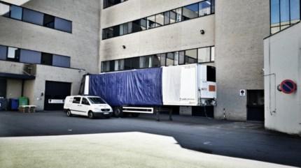Koelwagen aan Mariaziekenhuis in Pelt kan in geval van nood dienstdoen als mortuarium