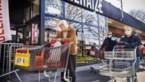 Personeel Delhaize legt werk neer uit onvrede over compensaties overwerk