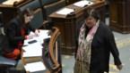 """Wilmès: """"Mondmaskers voor iedereen niet aangeraden door WHO en niet mogelijk"""""""