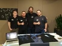 PXL-studenten brengen lichtgevende T-shirts op de markt