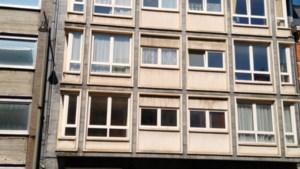 Zware brand op bovenste verdieping van flatgebouw op Thonissenlaan Hasselt