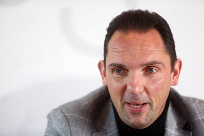 TD Dimitri de Condé bespreekt contracten vanuit zijn kot