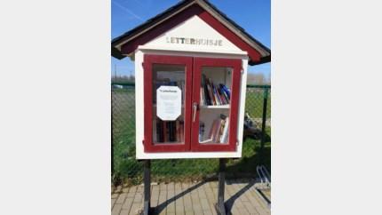 Letterhuisjes met vers leesvoer
