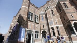 """KU Leuven verwijderde kritische mail van ex-werknemer: """"Aanfluiting van communicatievrijheid"""""""