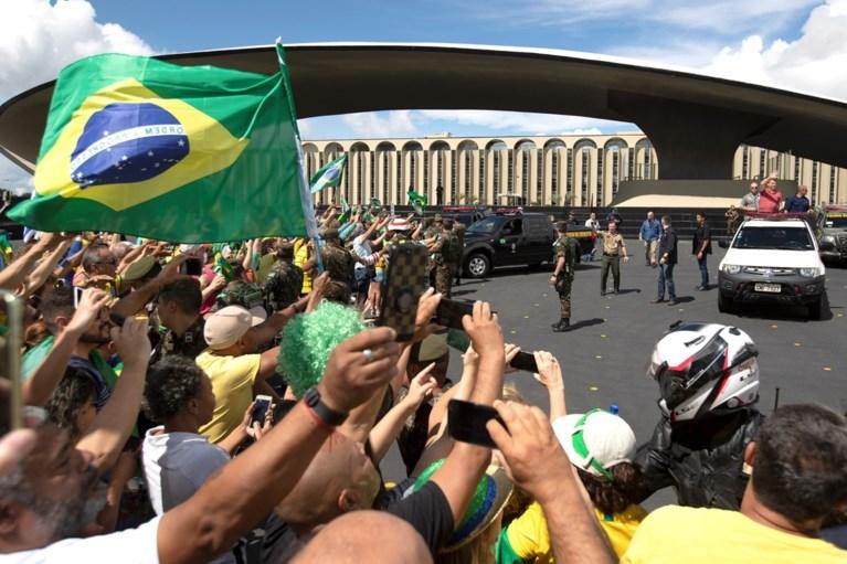 Braziliaanse president Bolsonaro demonstreert tegen coronamaatregelen
