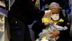 Onwaarschijnlijk: baby geboren op zee tijdens reddingsactie migranten