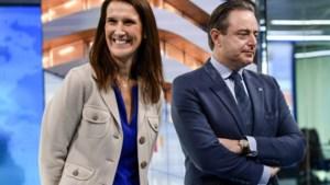 """De Wever wil opnieuw met PS aan tafel: """"Enige mogelijkheid voor een krachtige regering"""""""