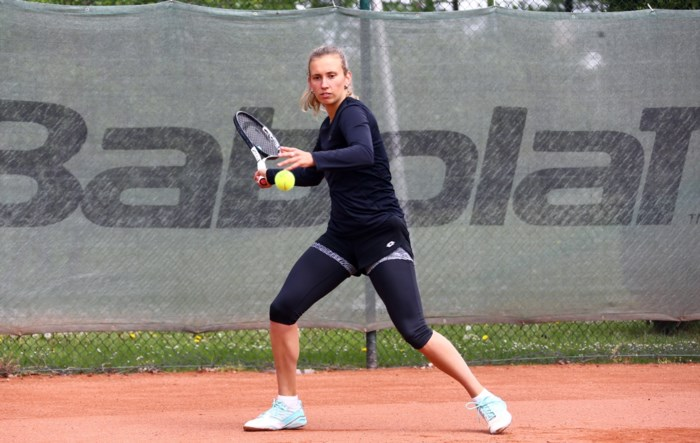 Toppers komen uit hun kot: Mertens traint weer, Clijsters nog even in quarantaine