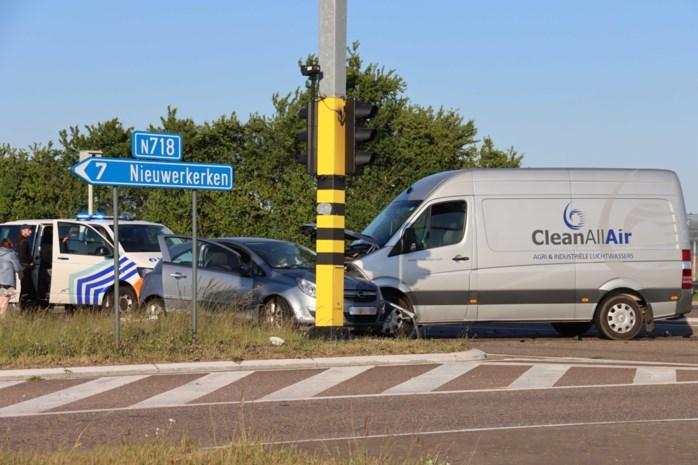 Gewonde bestuurster overgebracht naar ziekenhuis in Sint-Truiden