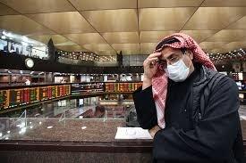 Op straat zonder mondmasker in Qatar: 50.900 euro boete