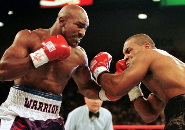 Boksgrootheden Evander Holyfield (57) en Mike Tyson (53) praten 23 jaar na beroemde bijtincident over nieuw gevecht