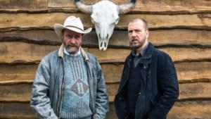 """Wim Willaert opnieuw naast 'Eigen kweek'-broer Sebastien Dewaele in 'Undercover 2': """"Niets leuker dan de smeerlap spelen"""""""