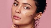 Kylie Jenner brengt haar huidverzorging nu ook naar Europa