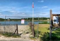 Strand van De Plas afgesloten met nadarhekken