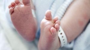 Twee dagen oude baby besmet met corona gestorven in Zuid-Afrika