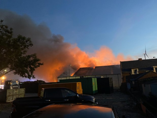 Zware brand bij recyclagebedrijf in Tessenderlo