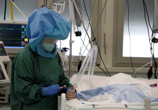 Opnieuw minder ziekenhuisopnames, maar aantal besmettingen stijgt licht