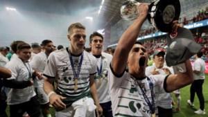 Niet één, niet twee, niet drie, maar acht (!) spelers van zelfde voetbalclub testen positief op covid