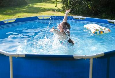 De kraan blijft open voor uw zwembadje, maar hoelang nog?