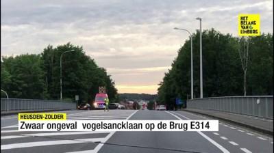 """Vrouw kritiek na zware crash in Zolder: """"Opleggers mogen daar staan"""""""