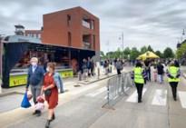 """Markt Vennestraat weer van start met coronamaatregelen: """"Heel weinig ouderen"""""""