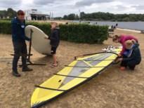 Sterke wind lokt heel wat watersporters naar Schulensmeer