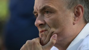 Topadviseur van Britse premier Johnson stapt niet op ondanks lockdownrel