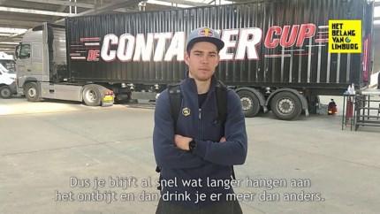 Eerst een handvol missers op rij, maar dan vol erop: is Mathieu van der Poel ook een golden boy in het golfen?