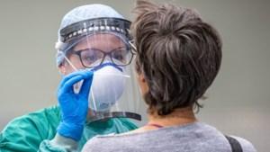 Achttien nieuwe besmettingen in Limburg: dalende trend houdt aan