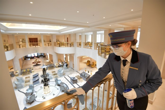Welkom in Hotel Corona: zo zullen reizen deze zomer eruitzien