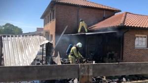 Brand in hondenhok vernielt achterbouw