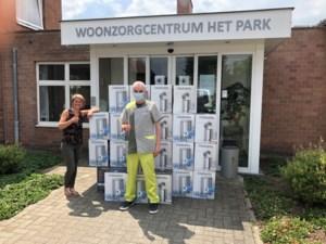 Brabantia schenkt pedaalemmers aan woonzorgcentrum Het Park