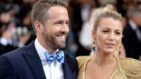 Ryan Reynolds verschijnt in ondergoed op Instagram, zijn vrouw steekt er de draak mee