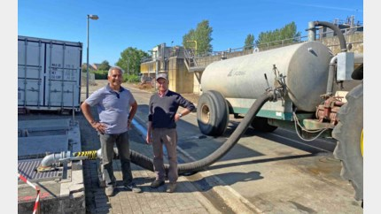 Landbouwers en fruittelers moeten urenlang aanschuiven voor water