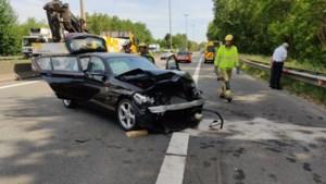Verkeershinder op E313 door ongeval zonder gewonden