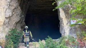 Brandweer rukt uit voor... kampvuurtje in grot