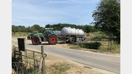 Boeren halen toch water uit beken, ondanks captatieverbod