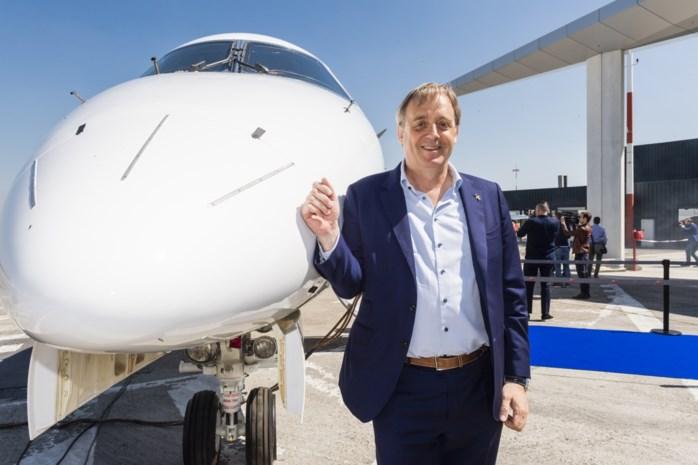 Lekkere maaltijden, champagne en extra beenruimte: Limburger start met luxueuze lijnvluchten naar Ibiza