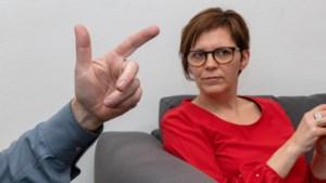 """Commotie over Unia in Vlaams Parlement: """"Gaan we <B>extreemrechtse partij zitje geven?""""</B>"""