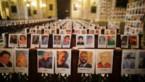 Priester vult zijn kathedraal met meer dan 4.000 foto's van slachtoffers van corona