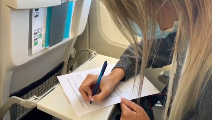 Zo zal uw eerste vlucht eruitzien: veel ontsmetten en papierwerk invullen